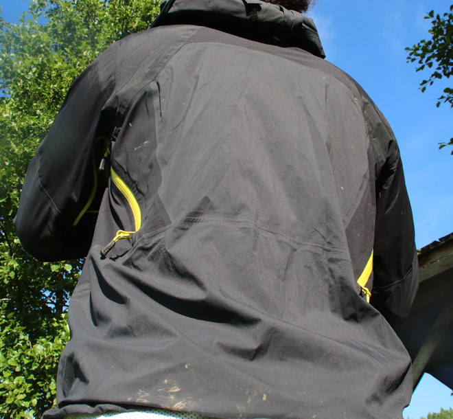 Essai-de-la-veste-Endura-MT500-II-back