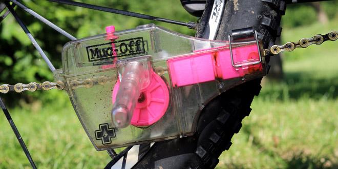 Essai-du-nettoyeur-de-chaine-Muc-Off-X3-Dirty-Chain-Machine-mount
